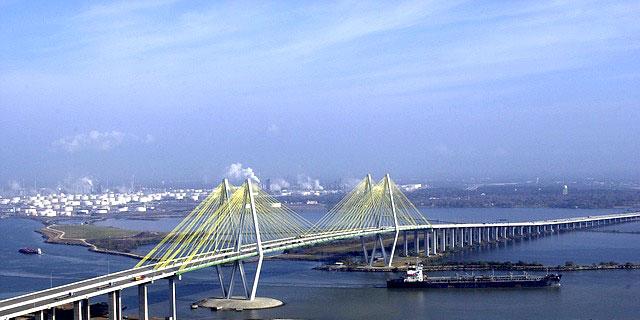 bridge-83500_640